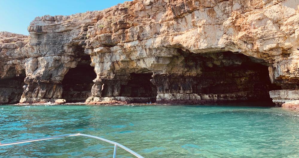 Polignano Caves