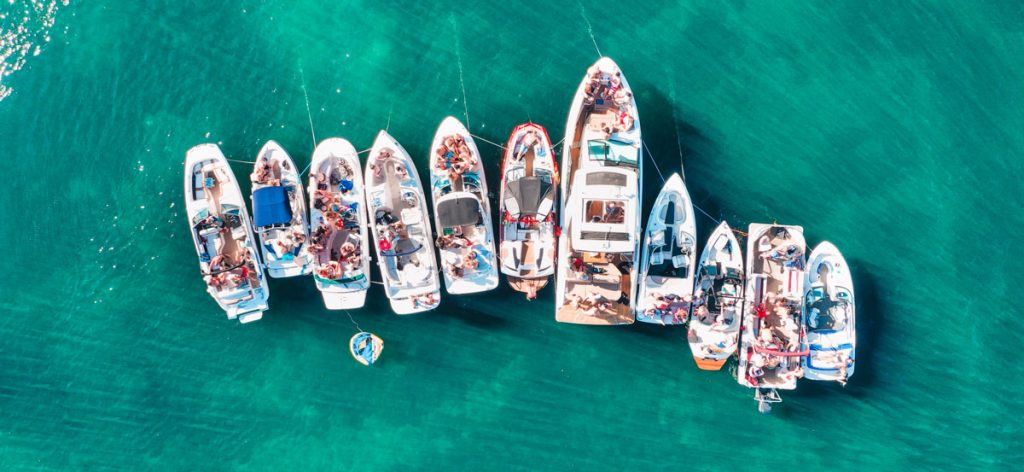 feste in barca polignano a mare
